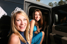 How to Save Money When Preparing for Prom