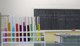"""States Fight to Teach """"Ignorant"""" Science to Students"""