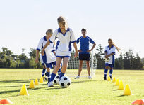 The Pros and Cons of Sports for Middle School Students