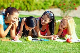 Would Your Child Get Better Grades Without a Summer Break?