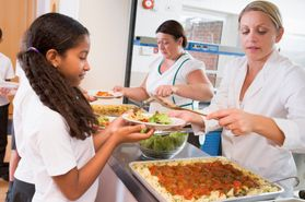 New York Public Schools Programs to Feed Low-Income Kids