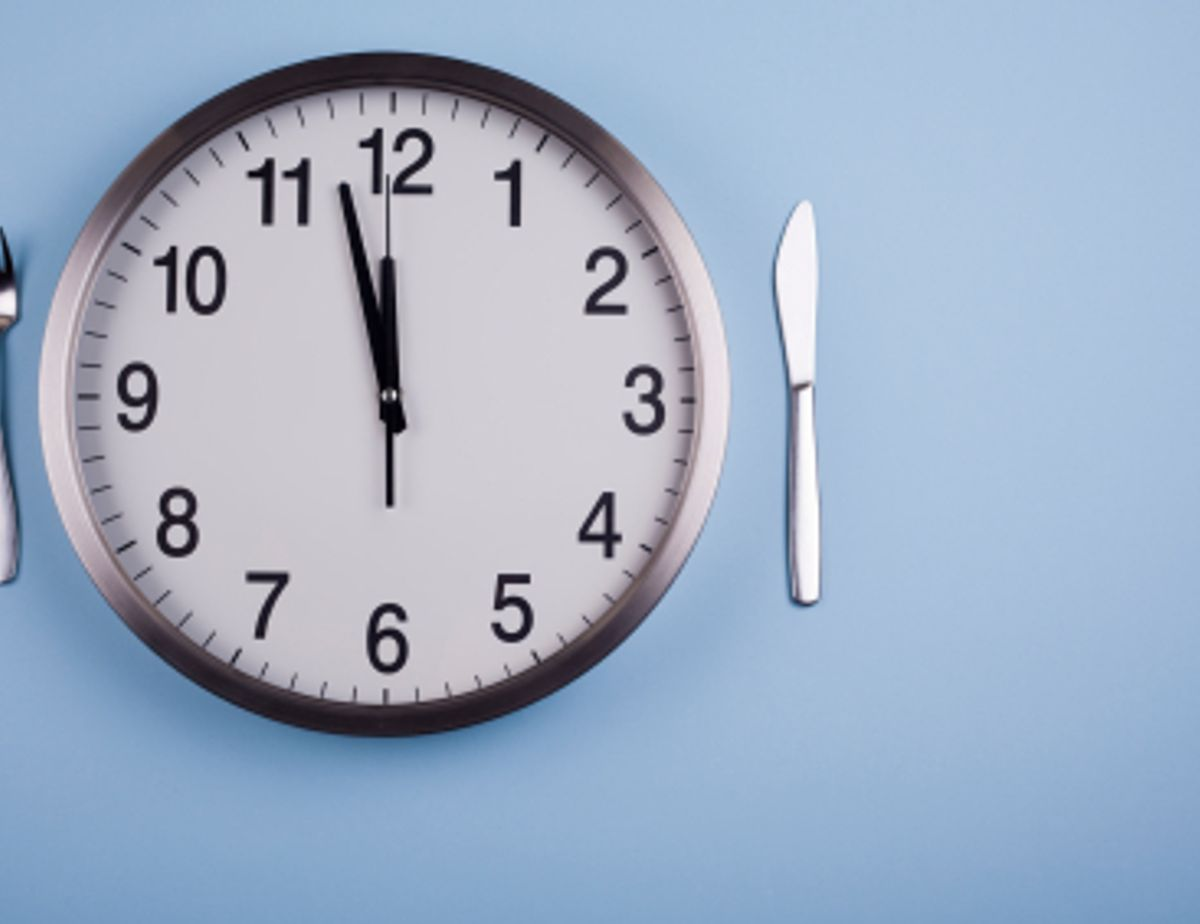 Persuasive essay longer lunch periods